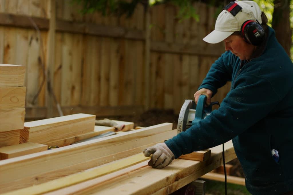 Work April sawing wood