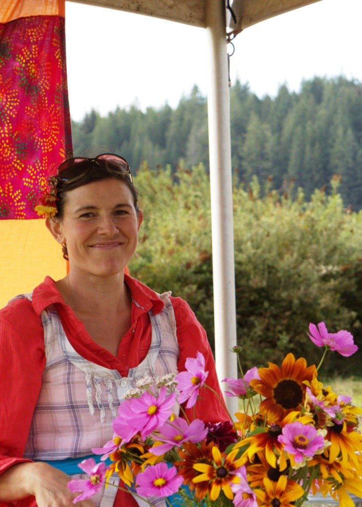 Smiling Prize booth Hostess
