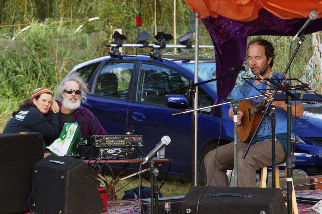 Hannu On Stage with Couple on Sound